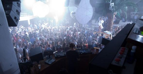 Insane-Pacha-Ibiza-2013-essentialibiza-NickE-image-01